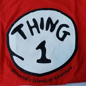 Universal Studios Dr. Seuss THING 1 T-shirt L